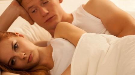 ¿Por qué disminuye el apetito sexual en las mujeres?