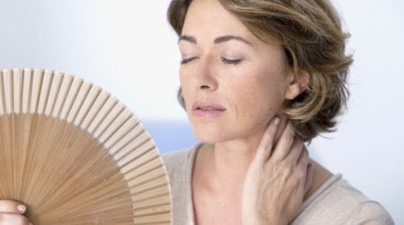 13 remedios caseros para los sofocos de la menopausia