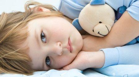 9 Formas de Curar los Vómitos con Dolor de Estómago en Niños