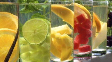 Agua casera con sabor para desintoxicar tu cuerpo y perder peso