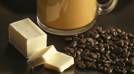 6 razones saludables para poner mantequilla en tu café