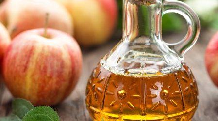 ¿Por qué es bueno lavarse la cara con vinagre de manzana?